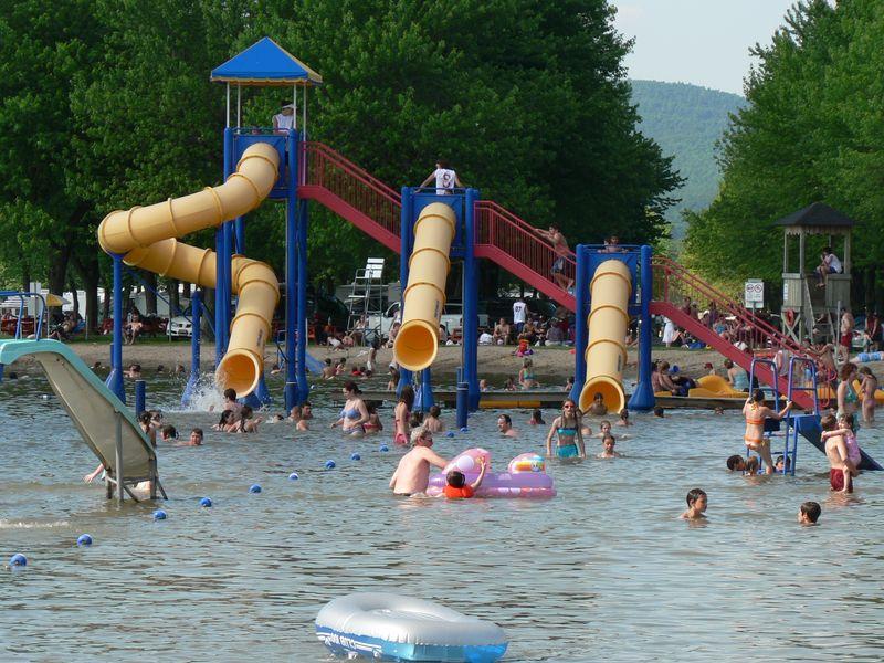 Lire l'article « Ouverture de la plage et des jeux d'eau avec surveillance dès le (date a venir) »